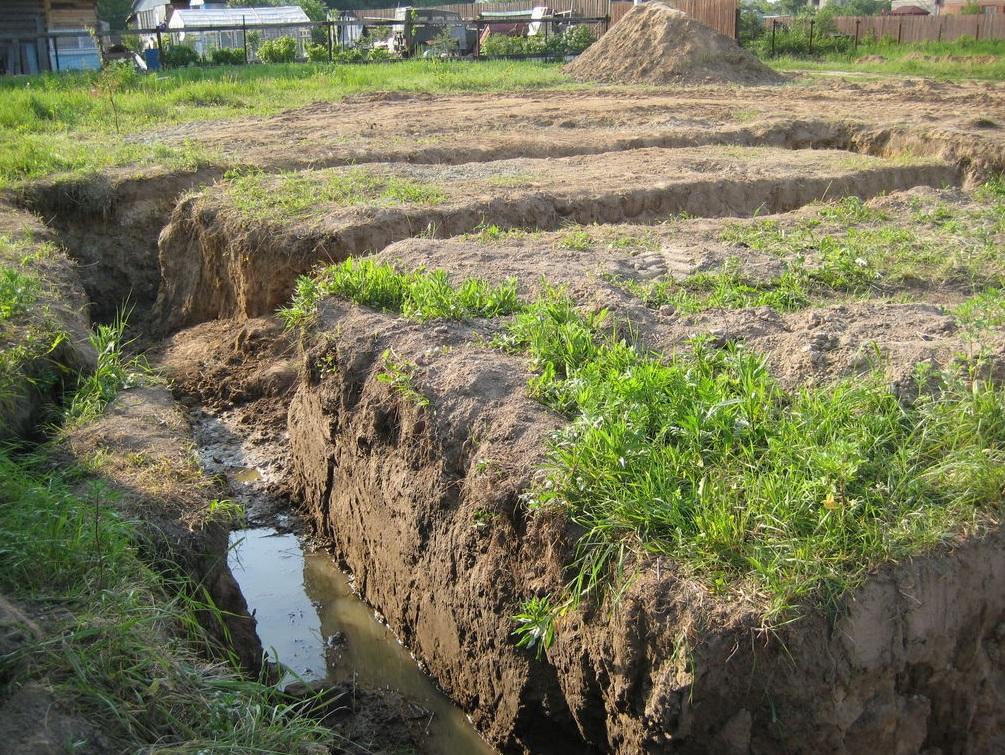 Как узнать уровень грунтовых вод на дачном участке