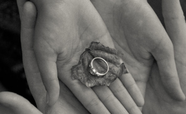 Возвращаем помолвочное кольцо
