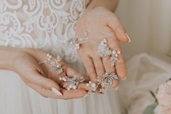 Выбор свадебных украшений: полезные рекомендации